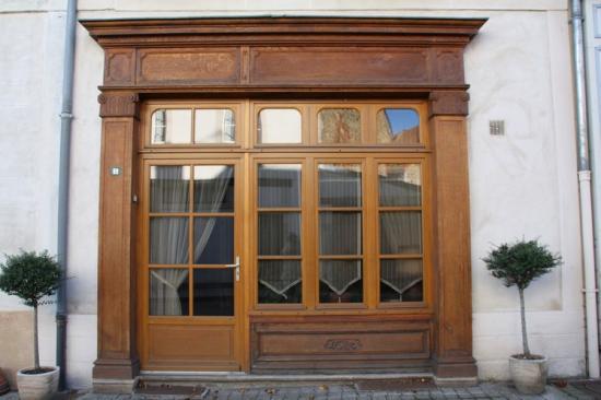 Super Ancienne devanture de magasin #Marcillat-en-Combraille #03  LT21