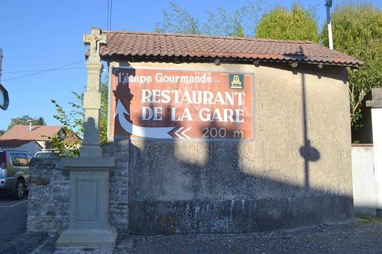 Sous la pub une chapelle azerailles 54 54122 - Restaurant porte de la chapelle ...