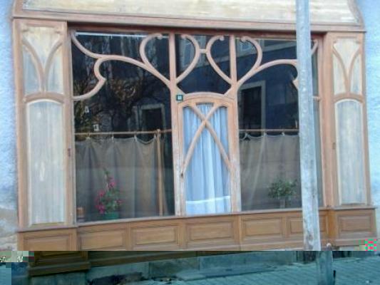ancienne devanture de magasin marcillat en combraille 03 03420. Black Bedroom Furniture Sets. Home Design Ideas