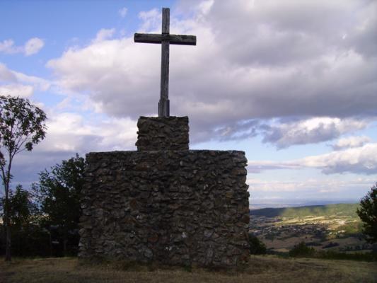 Croix de sainte blandine saint appolinard 42 42520 - Code postal st priest en jarez ...