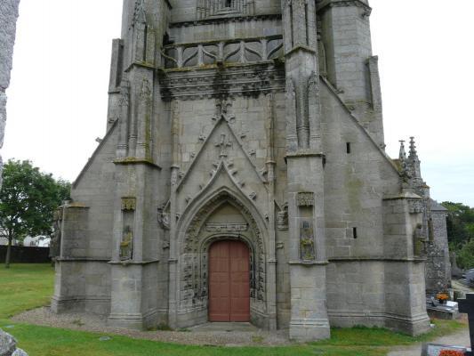 La chapelle saint tugen primelin 29 29770 for Porte et fenetre sabourin st clet
