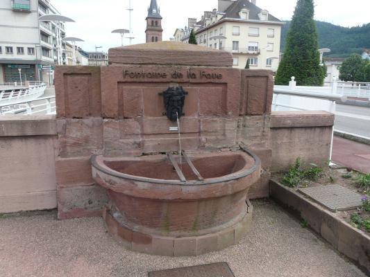 Les fontaines du pont de la r publique saint di des for Vosges code postal