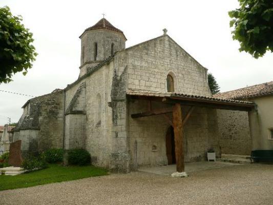 Eglise romane st martin de clam ext rieur clam 17 for Eglise romane exterieur