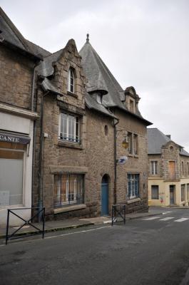 Le bureau de poste 19 rue saint andr tr guier 22 - Bureau de poste la chapelle sur erdre ...