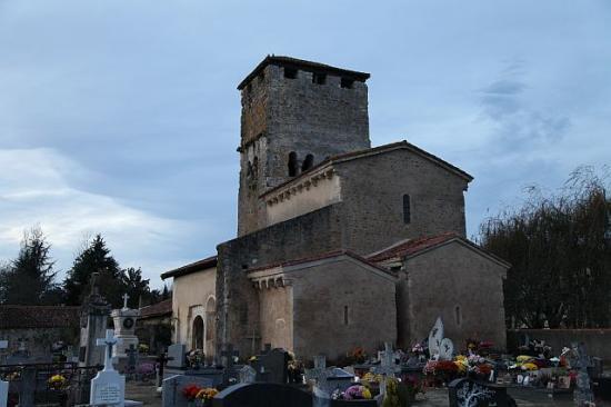 Eglise romane de bostens ext rieur et modillons bostens for Eglise romane exterieur