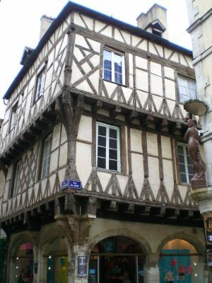 Maison Dite De La Mothe Chalon Sur Sa Ne 71 71100 Http
