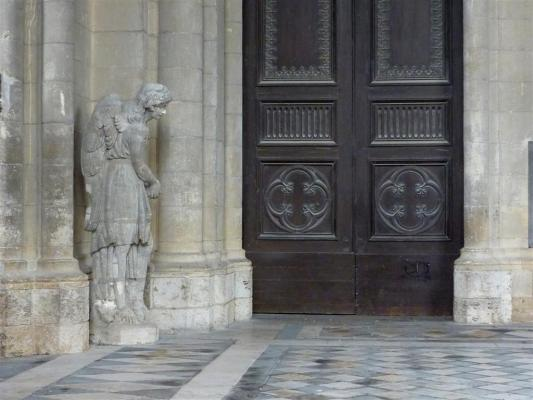 Le narthex de la cath drale sainte croix d 39 orl ans orl ans 45 45000 - Arrondissement porte d orleans ...