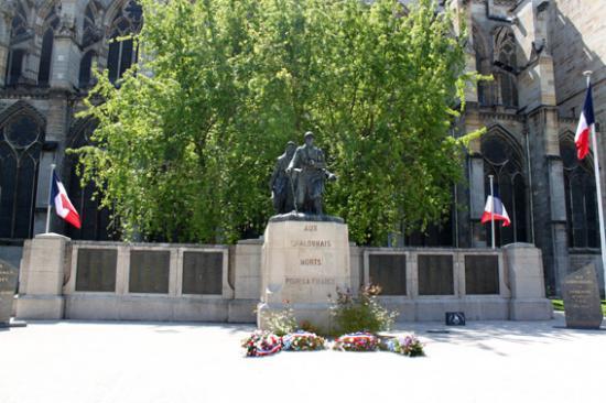 """Résultat de recherche d'images pour """"hommage aux morts pour la france chalons en champagne"""""""