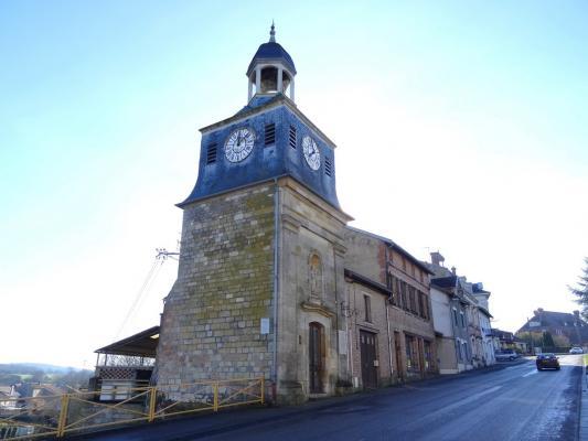La tour de l'Horloge dite Tour Louis XVI � #Varennes-en-Argonne #55 #55270