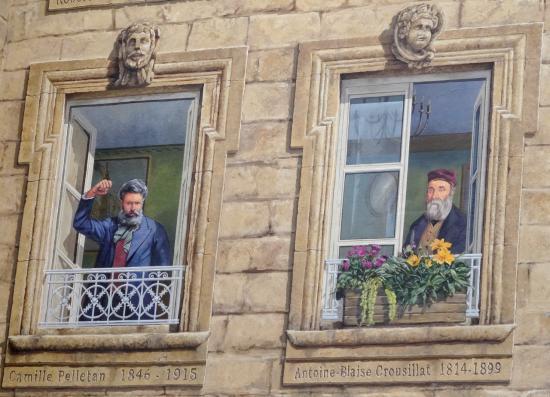 Fresque des 4 personnages qui ont marqu la ville salon for Pizza antoine salon de provence