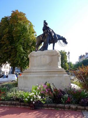 Le Monument De La D Fense Chalon Sur Sa Ne 71 Chalon Sur